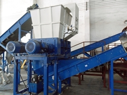 Four Shaft Shredder DFS130